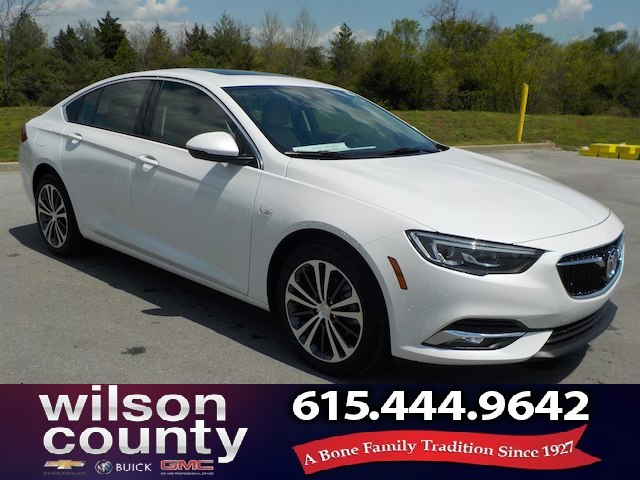New 2018 Buick Regal Sportback Essence Hatchback In Lebanon 18b041
