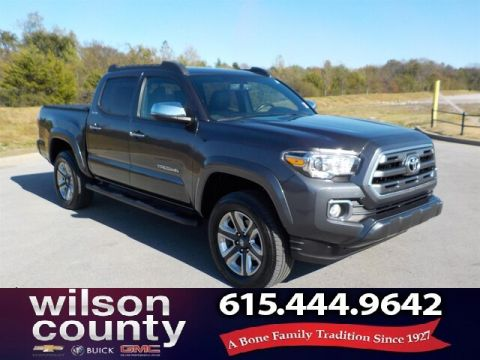Pre-Owned 2017 Toyota Tacoma Limited V6