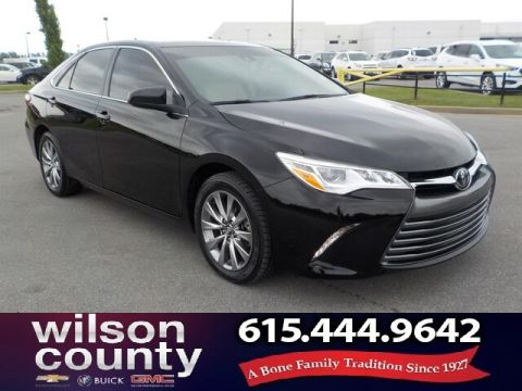 Pre-Owned 2016 Toyota Camry XLE V6, Leather, Moonroof