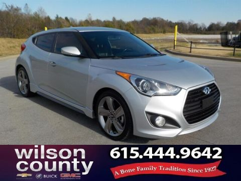 Pre-Owned 2013 Hyundai Veloster Turbo w/Black