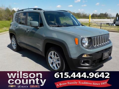 Pre-Owned 2018 Jeep Renegade Latitude, Great Miles, Clean Auto-Check